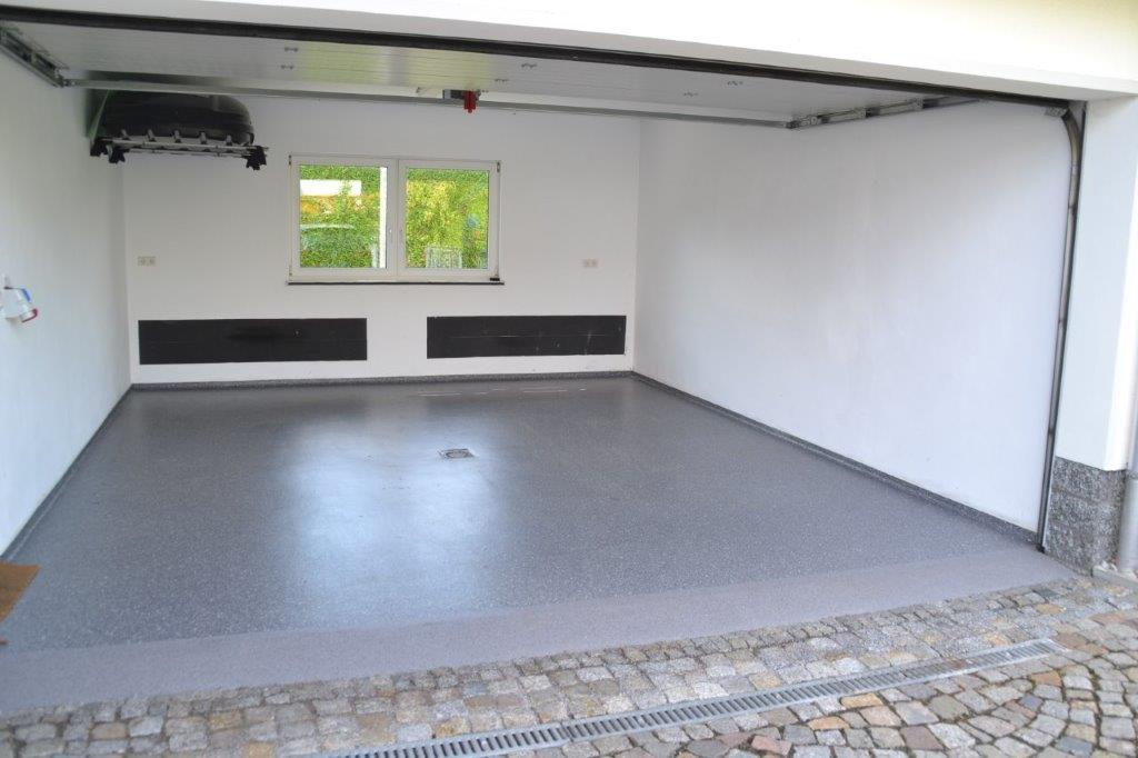 Garage - Chips-Einstreuung