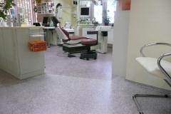 Zahnarztpraxis - Chips-Einstreuung