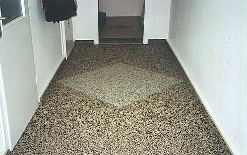 Flur Steinteppich braun mit Muster